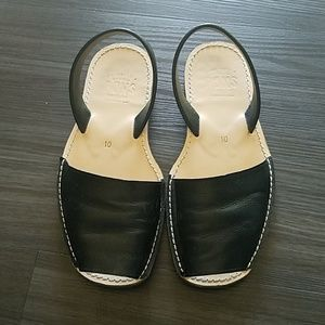 PONS Leather Sandals
